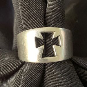 Sterling Siver Cross Ring Sz 4.5 Vintage Openwork